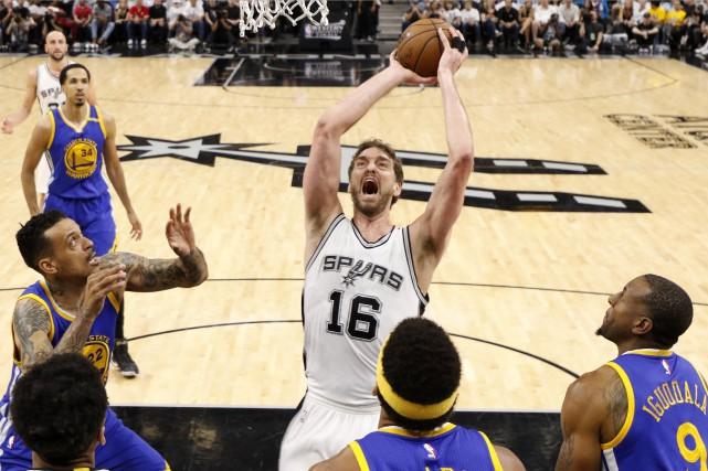 Gasol a disputé 64 rencontres, jouant un rôle... (Photo USA Today Sports)