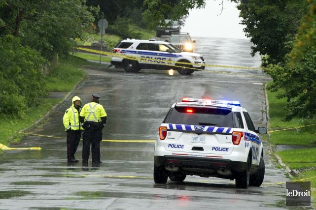 Un premier cadavre a été retrouvé près d'un... (Martin Roy, Le Droit)