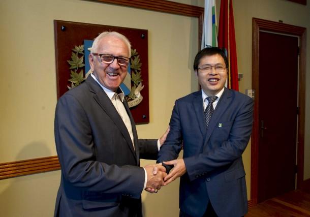 Le représentant du maire de Trois-Rivières, Michel Cormier,... (Sylvain Mayer)