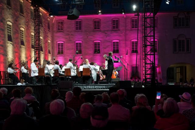 Le Gala d'opéra sous les étoiles a ouvert... (Le Soleil, Alice Chiche)