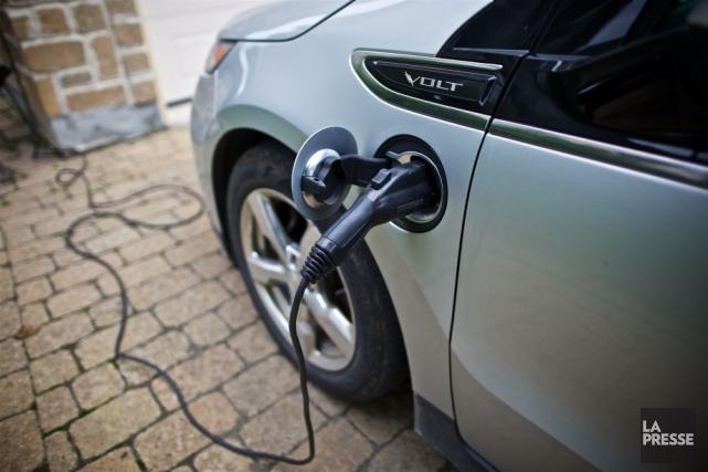 Les quotas de vente de voitures électriques imposés aux fabricants par le... (Archives La Presse)