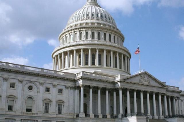 Le Sénat américain a voté mardi de justesse pour ouvrir le débat sur... (Photo NICHOLAS KAMM, AFP)