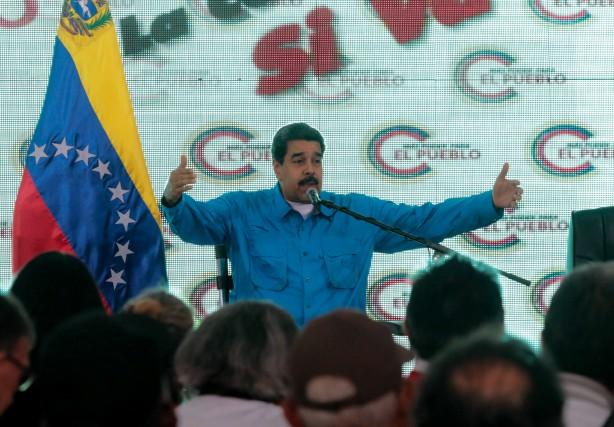 Le président vénézuélien Nicolas Maduro... (Agence France-Presse)