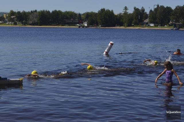 Les nageurs ont adoré leur expérience de nage... (Photo Le Quotidien, Louis Potvin)