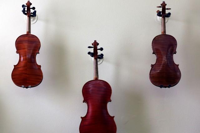 Une femme de 34 ans a été arrêtée au Japon pour avoir détruit 54 violons et 70... (Photo Stefano Rellandini, archives Reuters)