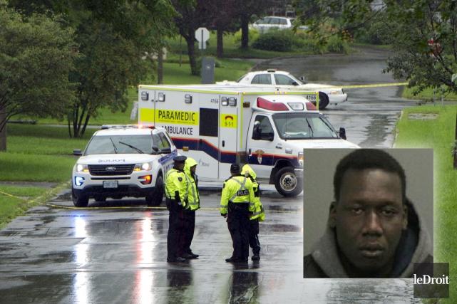Alam Gabriel Buoc (en mortaise)doit être considéré armé... (Archives, Le Droit / Courtoisie, Service de police d'Ottawa)