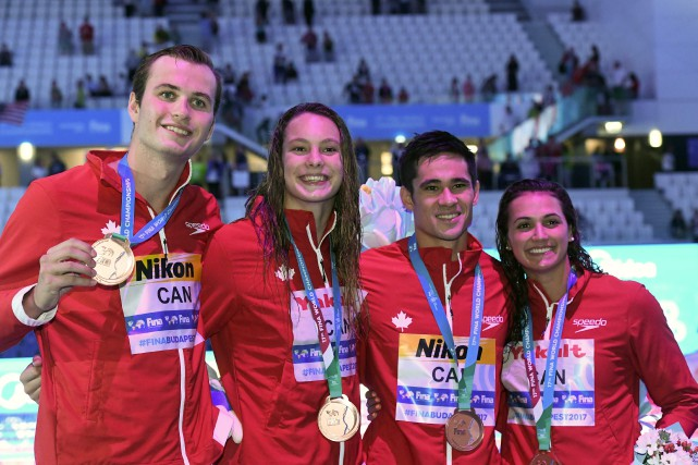 L'équipe canadienne du relais 4 x 100 m... (Photo FRANCOIS XAVIER MARIT, AFP)