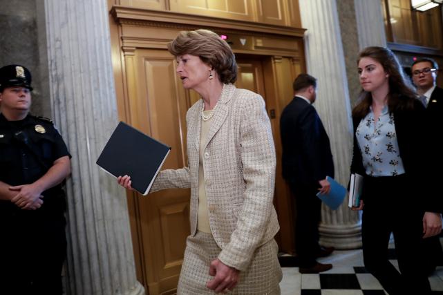 Le sénatrice républicaine Lisa Murkowski de l'Alaska a... (AP, J. Scott Applewhite)