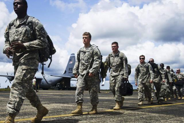 Les militaires transgenres encouragés à s'afficher ouvertement sont... (AFP)