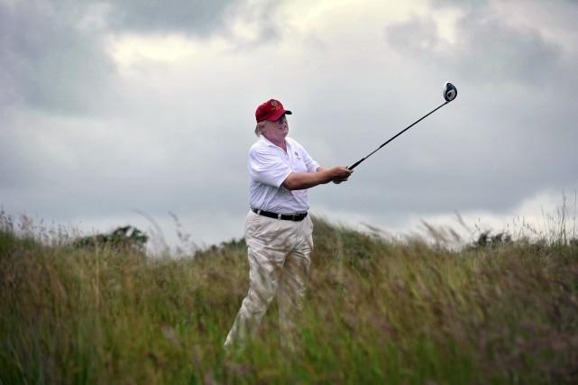 Donald Trump peut réussir des roulés de 3... (AFP)