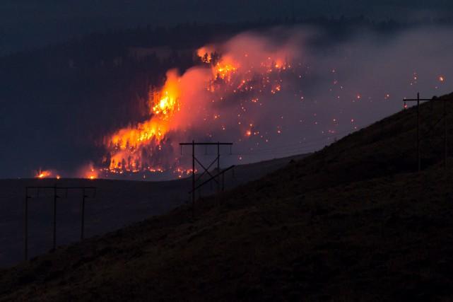 Plus de 150 feux sont toujours en activité,... (Archives La Presse canadienne)