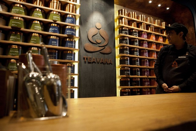 La société fermera ses 379 établissements Teavana au... (PHOTO ARCHIVES Bloomberg)