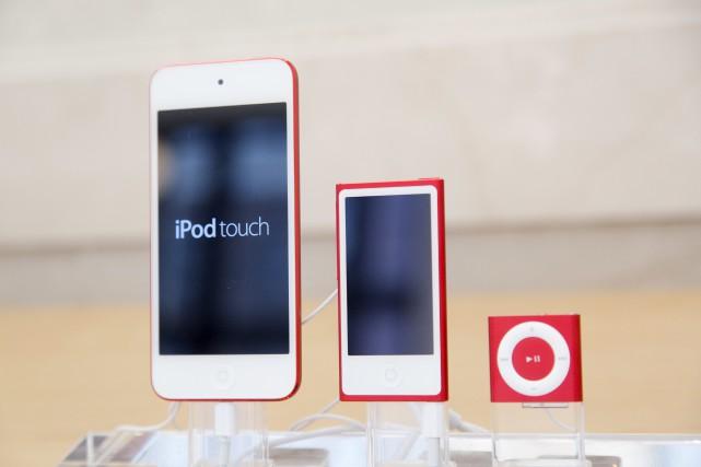 Apple met fin à la commercialisation des iPod... (AP, Mark Lennihan)