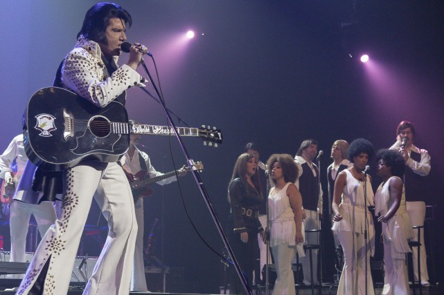 Martin Fontaine et la Elvis Experience s'arrêtent à... (Spectre Média, Marie-Lou Béland)