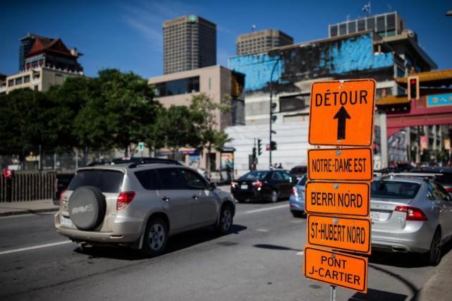 Vendredi, comme plusieurs voies nord-sud étaient fermées entre... (Photo Edouard Plante-Fréchette, La Presse)