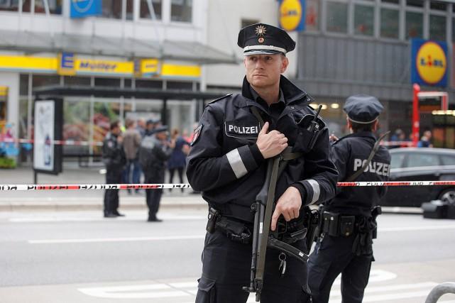 Selon la police, le suspect a pénétré dans... (PHOTO MARKUS SCHOLZ, AFP/DPA)