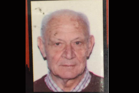 Vittorio Stabile, 78 ans, portait une casquette beige...