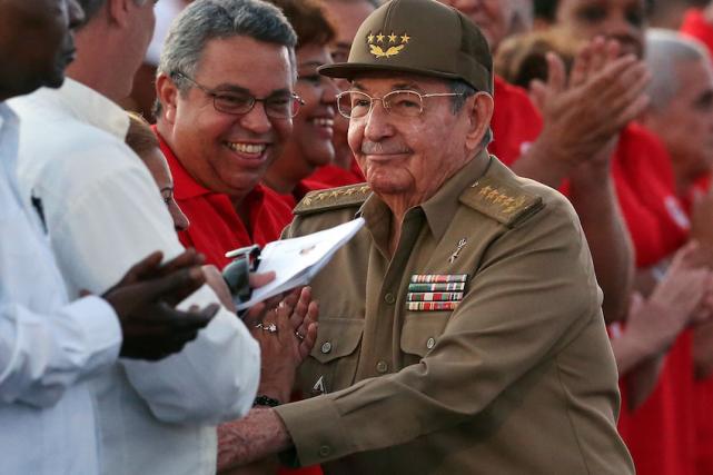 Le président cubain Raul Castro a participé mercredi... (AFP, ALEJANDRO ERNESTO)