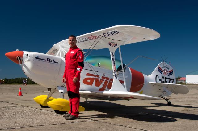 Depuis ses débuts en voltige aérienne, il y... (Fournie par le Spectacle aérien de Rivière-du-Loup, Jean-Pierre Bonin)