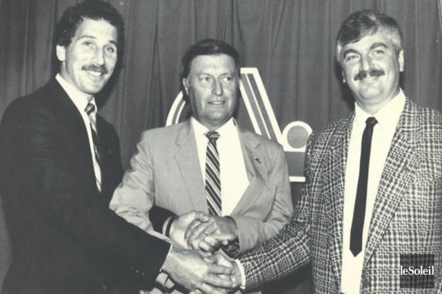 Maurice Filion (au centre) en compagnie de l'entraîneur-chef... (Archives Le Soleil)