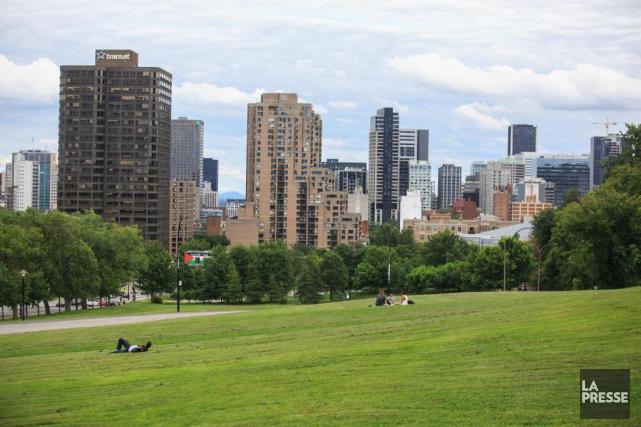Montréal symphonique sera présenté au pied du mont... (PHOTO OLIVIER PONTBRIAND, LA PRESSE)