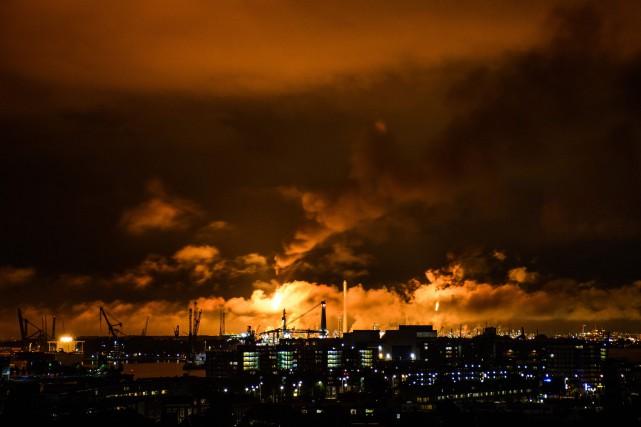 Shell n'était pas encore en mesure de déterminer... (PHOTO AFP)