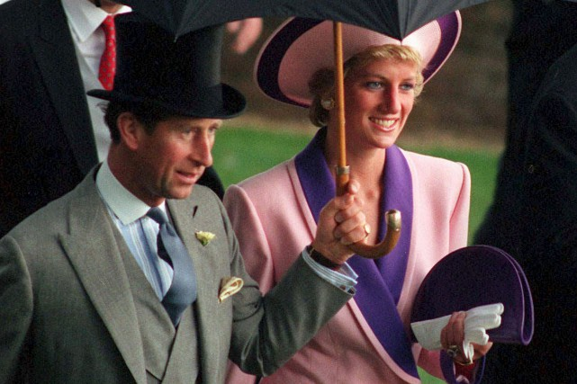Le prince Charles et la princesse Diana le... (AP, Martyn Hayhow)