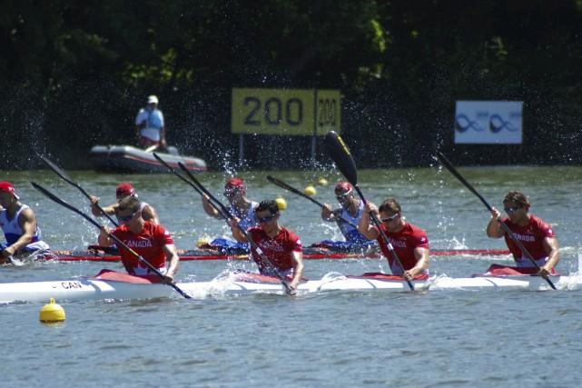 Pierre-Luc Poulin, Maxence Beauchesne, Alex Scott et Nicholas... (fournie par Canoe Kayak Canada)