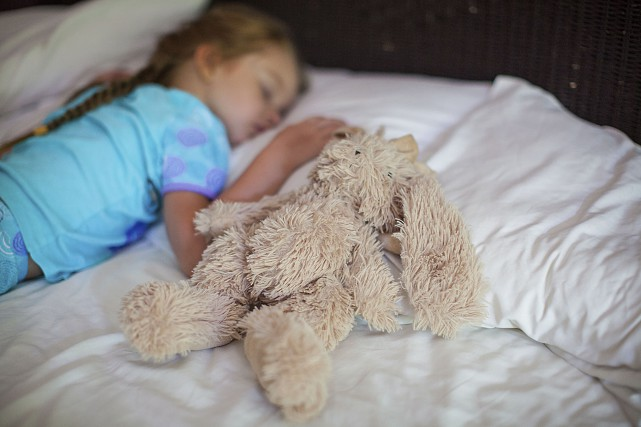 Quand un enfant a été propre la nuit... (Photo thinkstock)