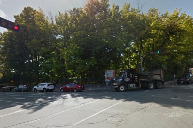 Un érable doit être abattu sur le site... (Capture d'écran Google Maps)
