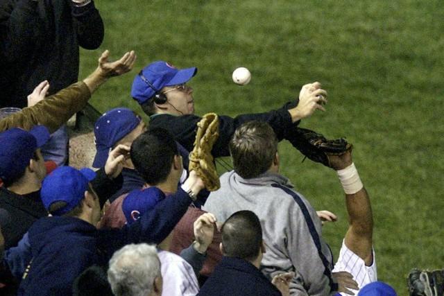 Le 14 octobre 2003, lors de la sixième... (photo archives AP)