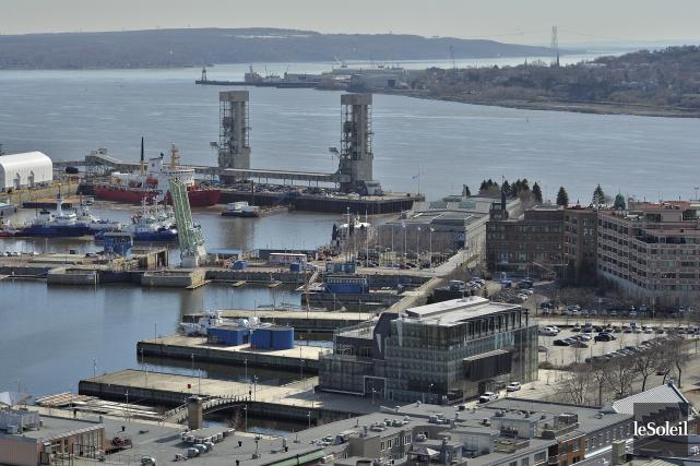 Le Port de Québec est une ville en... (Le Soleil, Patrice Laroche)
