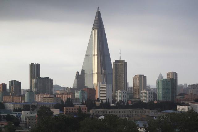 La construction de l'hôtel Ryugyong a débuté en... (ARCHIVES AP)