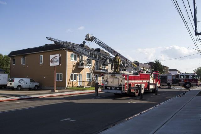 Un incendie s'est déclaré lundi en fin d'après-midi... (Olivier Croteau)