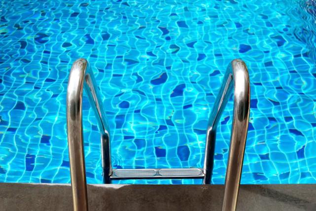 Un septuag naire meurt apr s avoir t retrouv inanim for Avoir une piscine