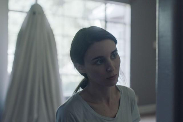 C (Casey Affleck) se réveille à la morgue... (fournie par Métropole Films)