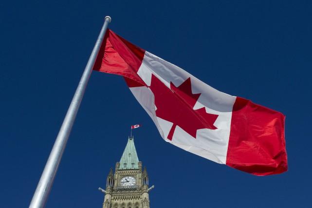 La maîtrise des deux langues officielles a progressé... (Archives, La Presse Canadienne)