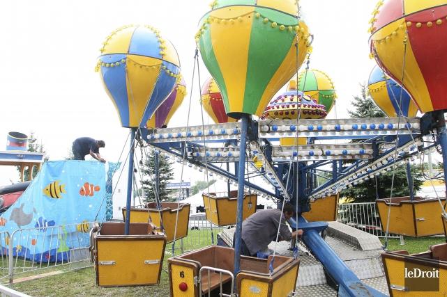 Les dirigeants du Festival des montgolfieres de Gatineau... (Etienne Ranger, Archives Le Droit)