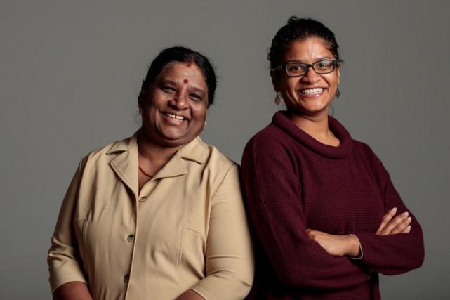 Sarliji Atputharajah, à droite, et sa mère Suseeladevi... (Photo Hugo-Sébastien Aubert, Archives La Presse)