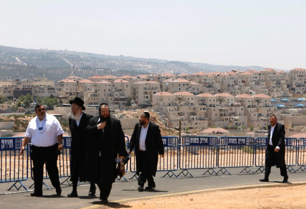 La colonie Beitar Illit abrite une population juive... (PHOTO AFP)