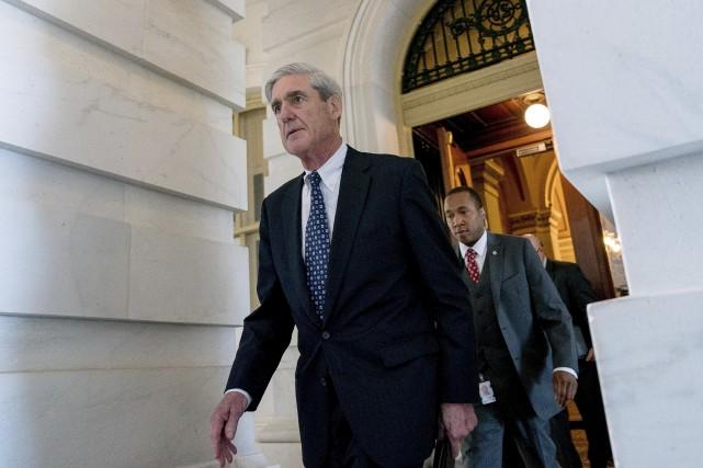 Le procureur général Robert Mueller... (Archives AP, Andrew Harnik)