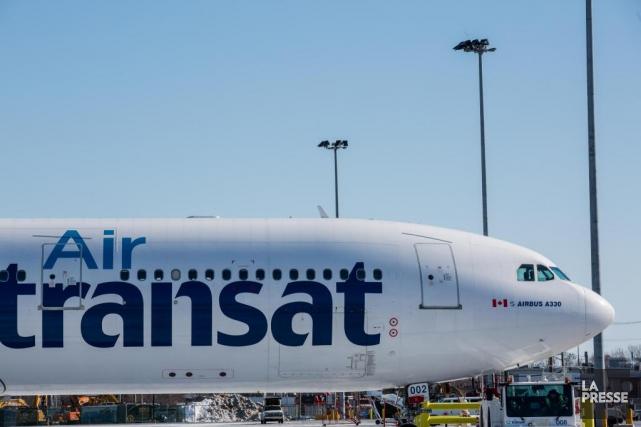 Air Transata joint la grande majorité des passagers... (PHOTO EDOUARD PLANTE-FRÉCHETTE, ARCHIVES LA PRESSE)
