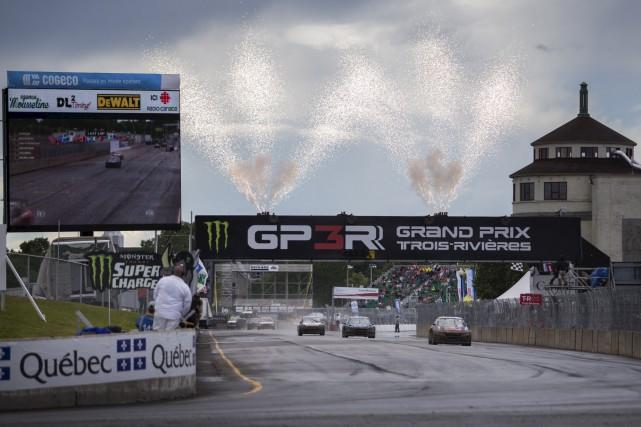 Les voitures de rallycross, qui valent des centaines... (Olivier Croteau)