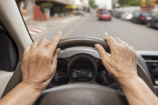 Les véhicules autonomes pourraient réduire les risques d'accidents... (Photo 123RF)