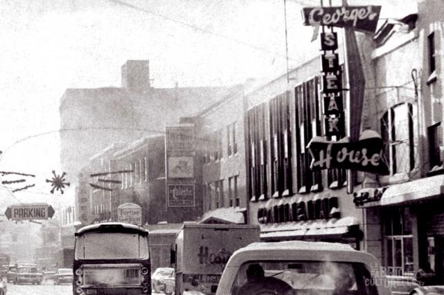 Le restaurant Chez Georges est établi sur la... (Courtoisie Télé-Québec Saguenay-Lac-Saint-Jean (Source : Société historique du Saguenay))