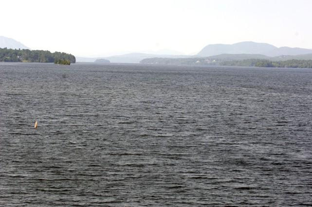 Lac Memphrémagog... (Imacom: Claude Poulin)