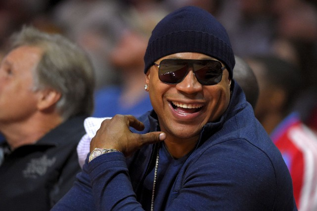 Le chanteur hip-hop LL Cool J sera le... (Archives AP, Mark J. Terrill)