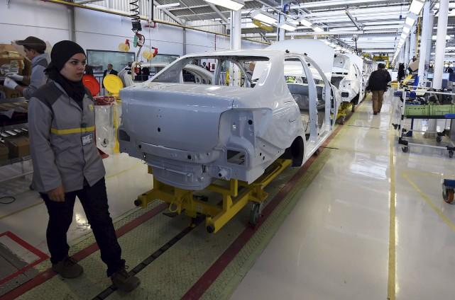 La voiture produite en Algérie coûterait plus cher... (AFP, Farouk Batiche)
