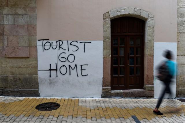 Le débat est virulent en Espagne sur une... (PHOTO REUTERS)