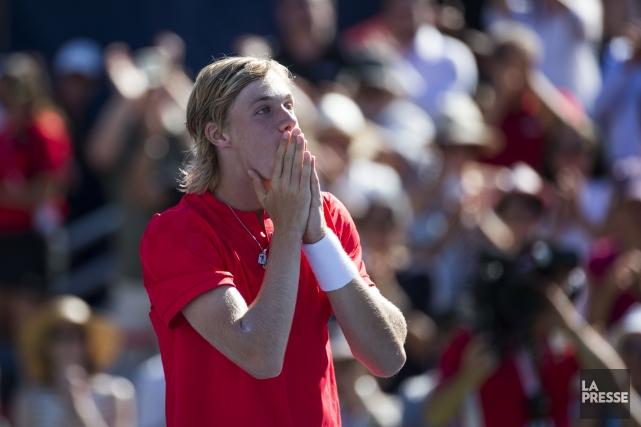 Denis Shapovalov réagit après sa victoire.... (PHOTO OLIVIER PONTBRIAND, LA PRESSE)